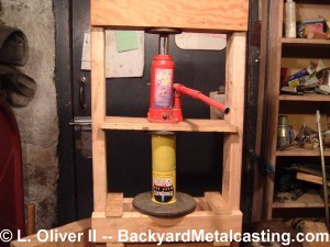 how to build a wooden can crusher